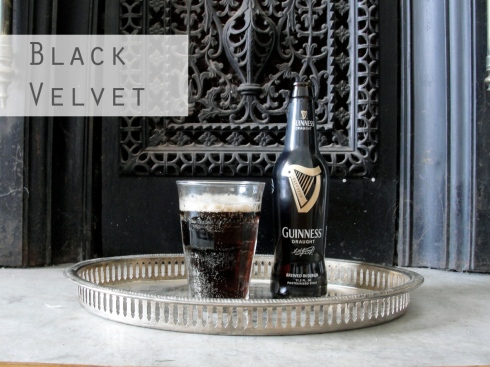 black velvet champagne cocktail